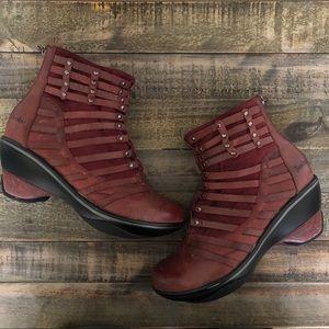 JAMBU {Candy} Sport Wedge Maroon Leather Booties